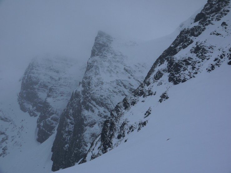 The Pinnacle, Coire Ardair