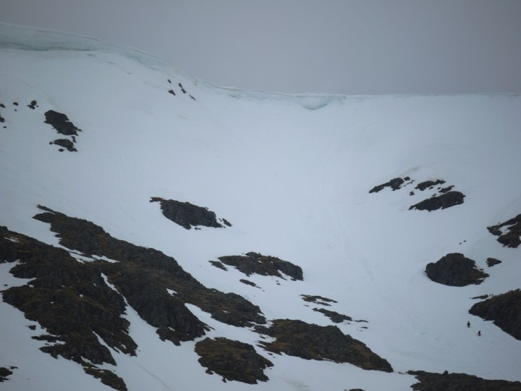 Two split boarders in Coire Chriochairein looking for a decent line.