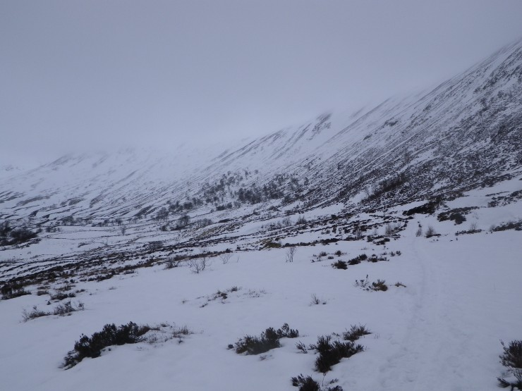 Path towards Coire Ardair