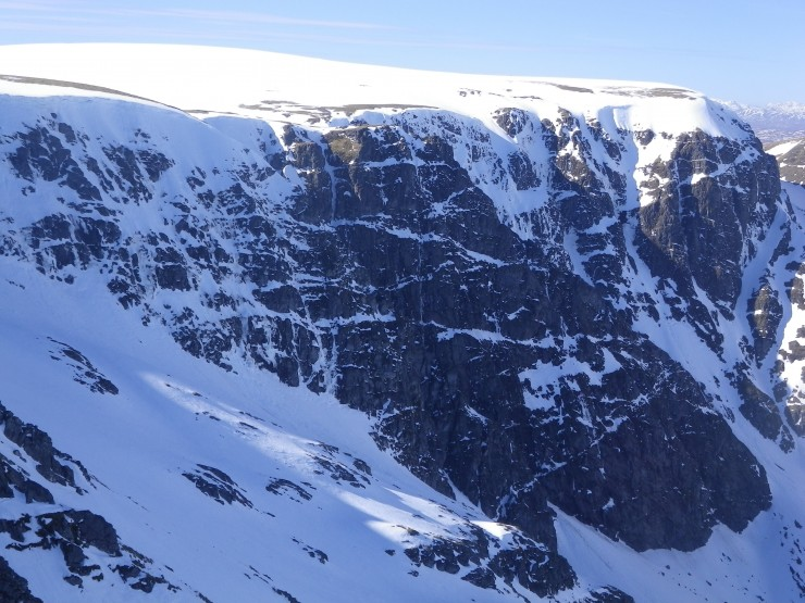 The Buttresses & Post Face of Coire Ardair still looking 'atmospheric'