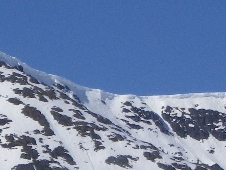 Some large cornice lines still in place - mostly on Easterly aspects